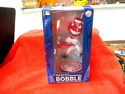 Forever Collectibles Mascot bobble Head Cleveland Indians Chief Wahoo in Origina