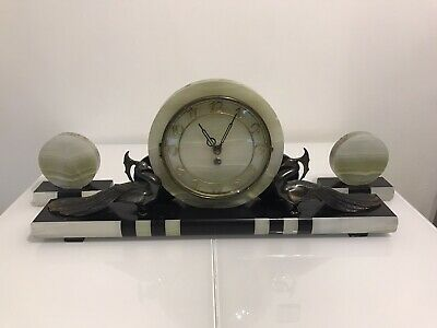 A 1930s ART DECO FRENCH 3 PIECE MARBLE & ONYX CLOCK AND GARNITURE SET