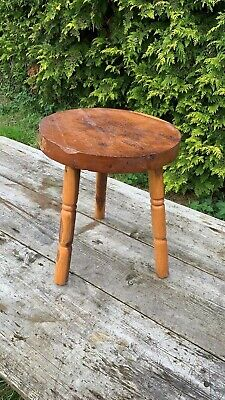 Beautiful Vintage Small 3 Legged Wooden Stool Plant Stand *
