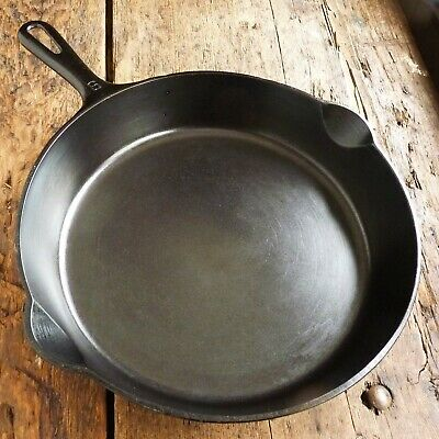 Vintage GRISWOLD Cast Iron SKILLET Frying Pan # 9 SMALL BLOCK LOGO - Ironspoon