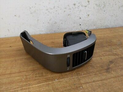 2004 - 2009 Toyota Prius Passengers Right Outer Dash Air Vent Trim Cover Panel