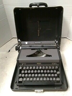 Royal Quiet Deluxe 1948 Portable Manual Typewriter With Case Working Glass Keys
