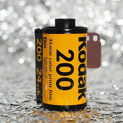 *NEW* Kodak Gold 200 35mm (24 exposures) film