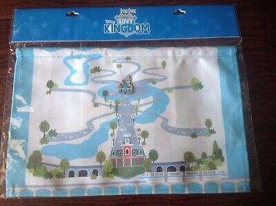 2019 Disney World Tiny Kingdom Pin Set Collectible Canvas Map And One Castle Pin
