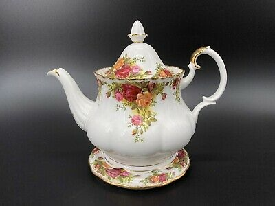 Royal Albert Old Country Rose Large 6 Cup Teapot  With Trivet Bone China England