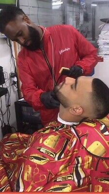 Barbers Hair Cut/Cutting Hairdressing Cape And Shirt Set Red