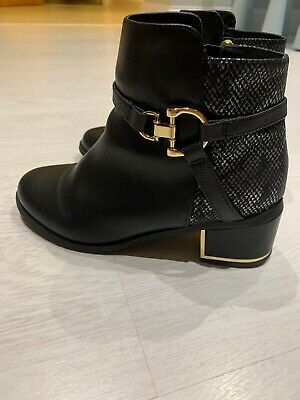 Girls River Island Black Boots With Gold Buckle Size 2