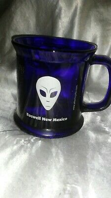 Roswell New Mexico Alien Glass Mug Blue