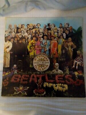 The Beatles Sgt. Peppers Lonely Hearts Club Band 1967 Stereo  LP with insert