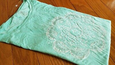 Women's Gaiam Green White Mandala Short Sleeve Active Top/Shirt Medium M NWT!