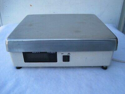 Toledo 8213 Shipping Scale 100 lb Capacity. Used.100 Pound.Industrial Commercial
