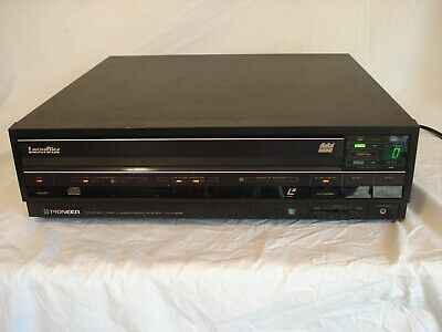 Pioneer CLD 909 Laser Disc Player  WORKING. Plays CDs and Two Sizes of Discs
