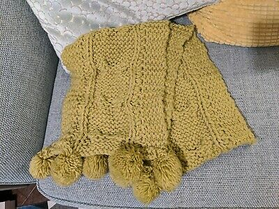 Accessorize Chartreuse Green Scarf Hat Beret Gloves Set