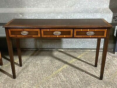 Antique Georgian style cross banded oak hall console table with three drawers