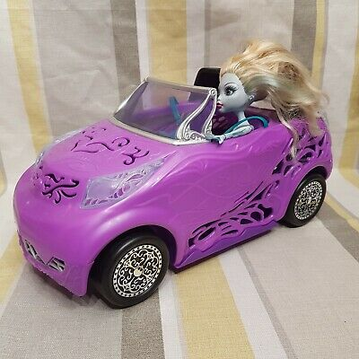 Monsters High Scaris City Of Frights Convertible Car With Doll By Mattel N