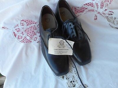 VINTAGE MENS BLACK LEATHER SHOES MADE BY ENOCH TAYLOR & CO WINDSOR SYDNEY size 5