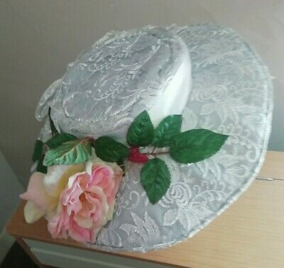 Victorian or Edwardian  style Hat in white lace trimmed with flowers