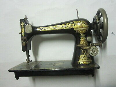 Portable Vintage SINGER 28 Hand Crank Operated Original Sewing Machine