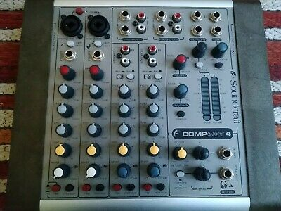 Soundcraft Compact 4 mixer