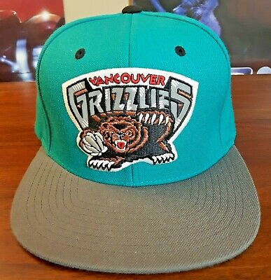 Black paint dripped snapback Hat Mitchell /& Ness Vancouver Grizzlies Teal
