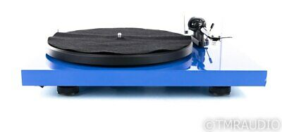 Pro-Ject Debut Carbon Belt Drive Turntable; Rega Carbon MM Cartridge