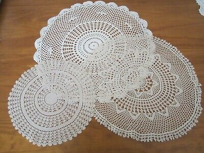 3 ROUND CROCHET PLACEMATS/DOILEYS-OFF WHITE/BEIGE-FRESHLY LAUNDERED-52,50,32cm