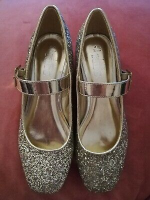 Girls Size 4Mns Gold Glitter Shoes **BNWT**