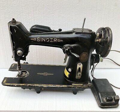 Vintage singer sewing machine EH143800 W/ Foot pedal Some Parts May Be Missing