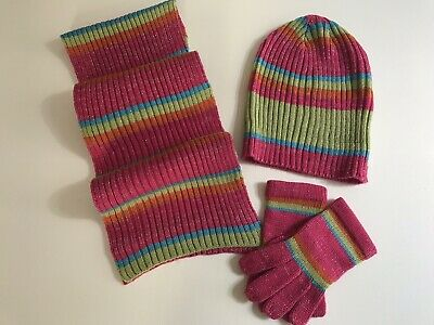 Girls Scarf Hat and Gloves New