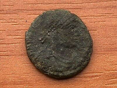 Valentinian I 364-375AD AE Follis Victory Constantinople mint Ancient Roman Coin
