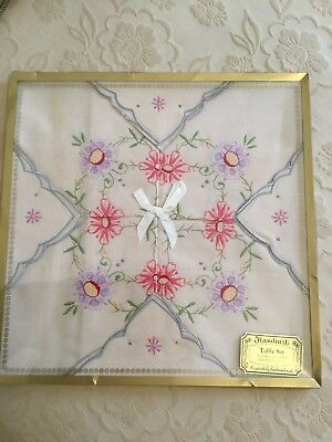 Vintage Embroidered Table Set table cloth and 4 serviettes - new in box