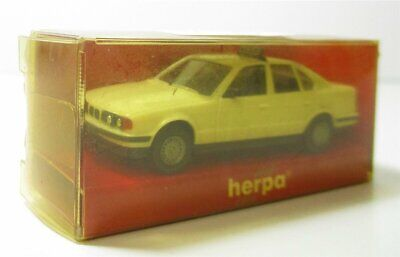 Herpa H0 1:87  BMW 525 i Taxi