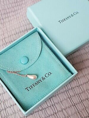"TIFFANY & CO. Peretti 925 Sterling Silver Teardrop 16"" necklace"