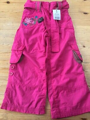 New girls pretty pink lined trousers age 3-4 yrs. can roll to 3/4 length