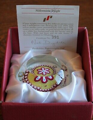 perthshire glass paperweight. Limited edition 391/500. With box and certificate.