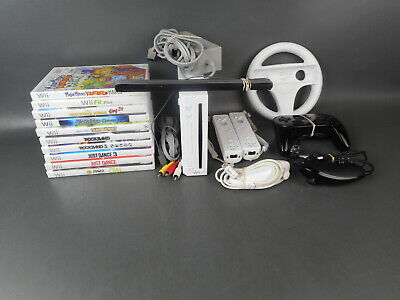 Nintendo Wii White Console and Game Bundle *Free Shipping*