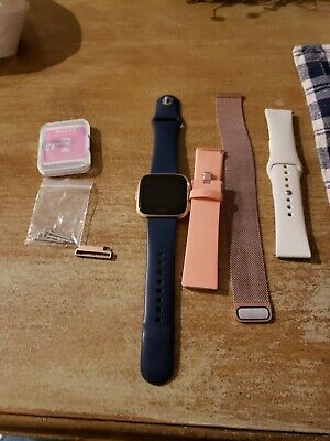 Fitbit Versa GREAT CONDITION 3 bands & screen protector kit!!!!