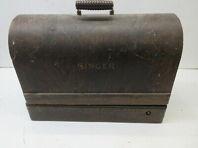Antique Singer Sewing Machine, #Aa985919, 1926 Machine Class 31, In Wooden Case