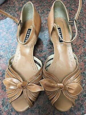 "Tan Leather Shoes  Ladies Size 5 ""George"""