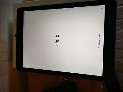 """Apple iPad 9.7"""" 5th Generation WiFi 32GB Tablet Boxed in Space Grey"""