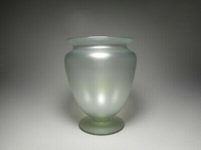 Steuben Silvery Green Verre De Soie Antique Blown Art Glass Cabinet Vase #938