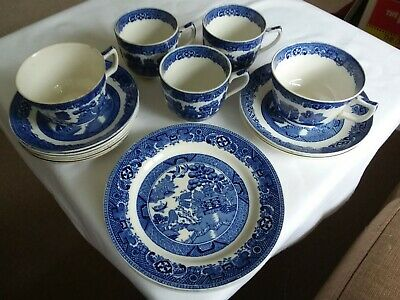 Vintage Blue White Willow Pattern Made in England Teacups Saucers Side Plates