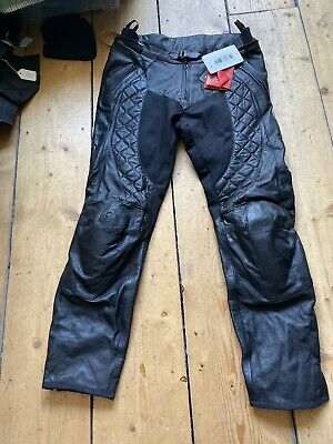 Brand New Ex-Display RST Ladies Madison Leather Motorcycle Trousers. Size 16
