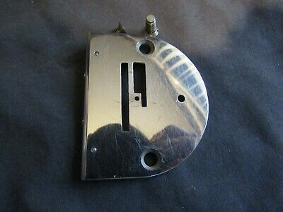 Vintage Singer Sewing-Original Featherweight 221 Throat Plate