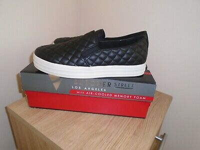 Skechers Street - Double Up Duvet Quilted  Slip On Trainers - new in box  UK 7