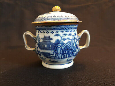 Large 18th Century Chinese Export Blue and White Nanking Two-handled Covered Cup