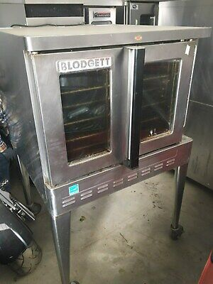 Blodgett convectioin oven SIngle Natural gas on wheels GREAT CONDITION