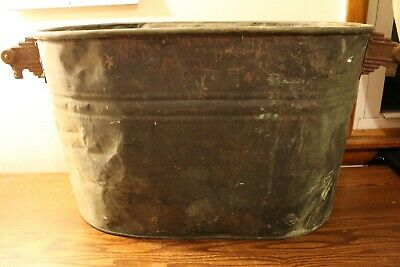 Vintage Oval Copper Tub 22 1/2 Inches Long 13 Inches Tall and 12 1/4 Inches Wide