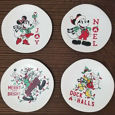 Complete Set 4 Disney Parks 2019 Christmas Holiday Dessert Plates Mickey, Minnie