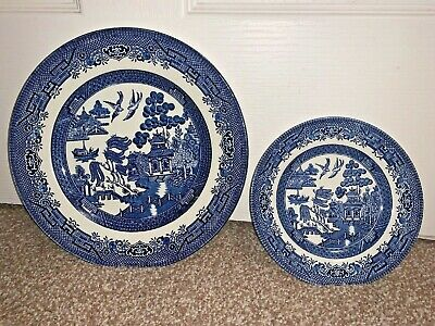 Churchill England Blue Willow Pattern Plates - Size 9.5 & 6.5